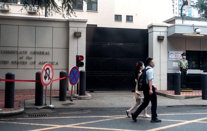 ODGOVOR PEKINGA: Kina naredila zatvaranje američkog konzulata u Chengduu