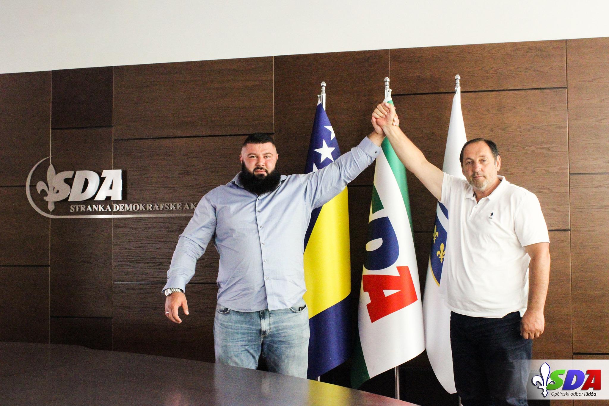 Najsnažniji Bosanac svih vremena pristupio SDA. Tvrdi da je za SDA narod na  prvom mjestu | Raport.ba